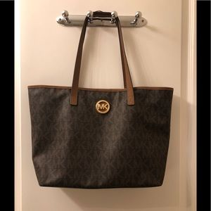 Michael Kors Tote USED condition